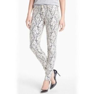 7 FOR ALL MANKIND LACE SKINNY JEANS 28  $198